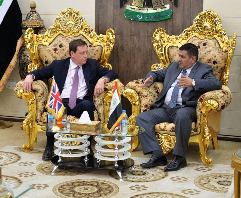 محافظ المثنى يستقبل السفير البريطاني في العراق ويبحث معه آفاق التعاون في المجالات الخدمية والاقتصادية