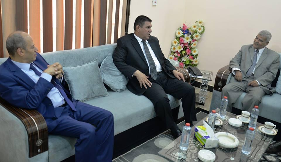 محافظ المثنى يلتقي القنصل المصري في البصرة ويوجه الدعوة للشركات المصرية للاستثمار في المحافظة