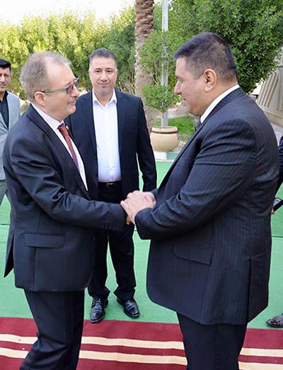 محافظ المثنى يستقبل نائب الممثل الخاص للامين العام للامم المتحدة في العراق