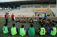 مديرية الشباب والرياضة في المثنى تنظم  محاضرات حول  الاسعافات الاولية للاصابات التي يتعرض لها اللاعبين خلال المباريات