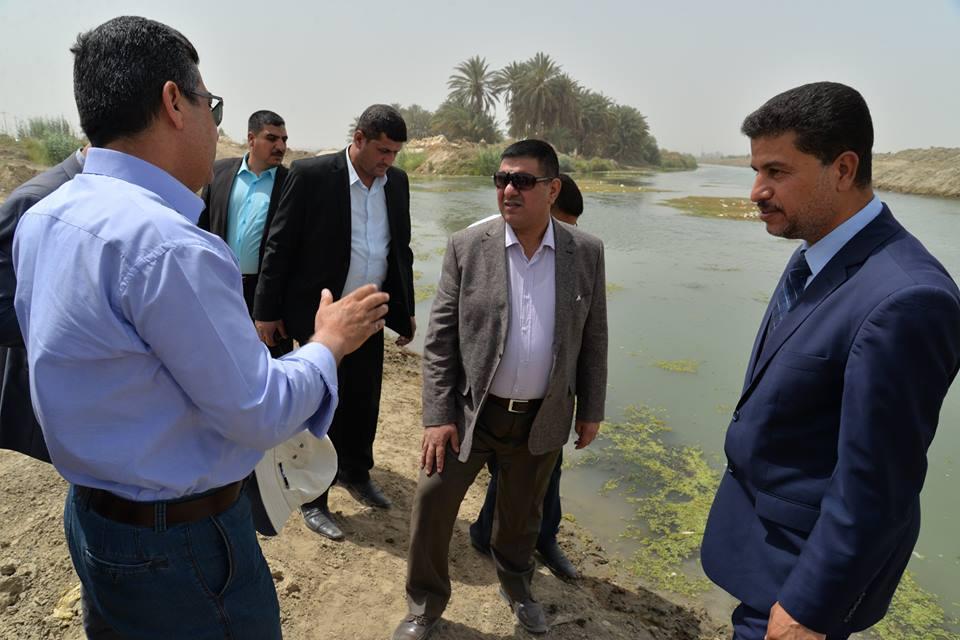 محافظ المثنى يتابع وصول الحصة المائية الى شط الرميثة من اجل ضمان تشغيل مشاريع ماء الاسالة في المحافظة
