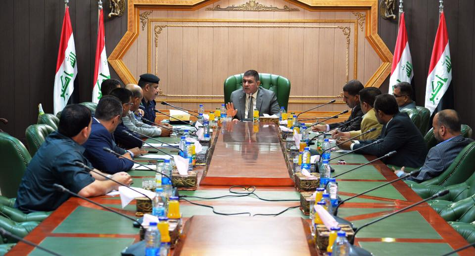 محافظ المثنى يترأس اجتماعا لرؤساء الوحدات الإدارية في المحافظة