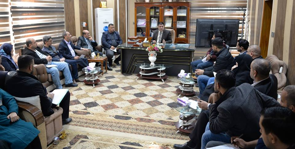 محافظ المثنى يترأس اجتماعا في بلدية السماوة لمناقشة الواقع الخدمي بالمدينة