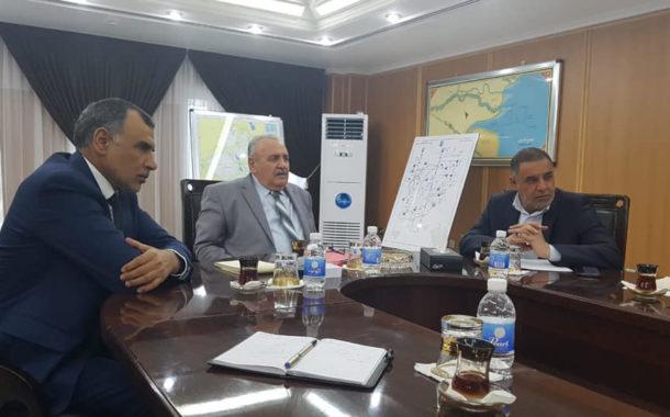 محافظ المثنى يلتقي وزير الموارد المائية في بغداد