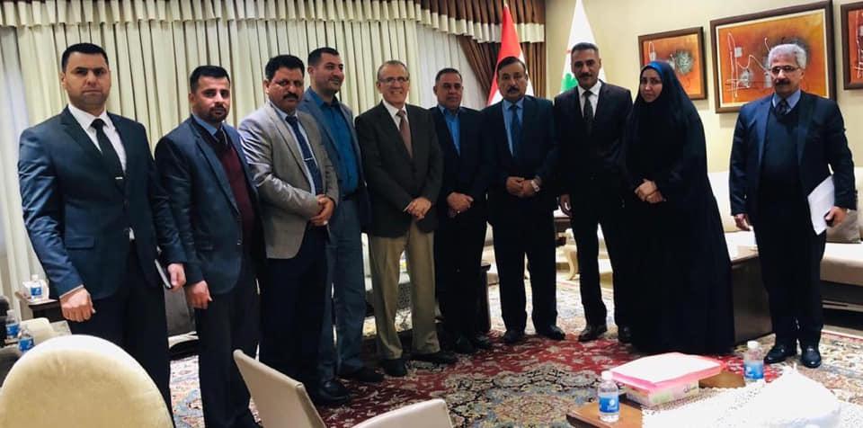 محافظ المثنى يلتقي وزير الصحة والبيئة في العاصمة بغداد