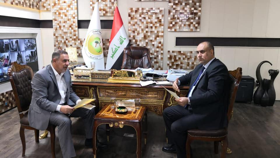 محافظ المثنى يلتقي وزير الزراعة في مقر الوزارة بالعاصمة بغداد