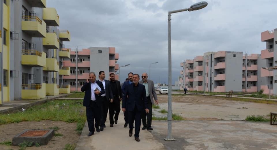 محافظ المثنى يكشف عن فتح لجنة تحقيقية حول توزيع الشقق السكنية في مجمع حي الزهراء السكني (ام العصافير ) لوجود شبهات فساد