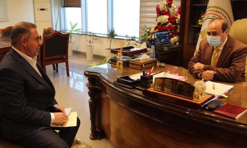 محافظ المثنى  يبحث مع وزير النقل  تفعيل عمل مشاريع الوزارة بالمحافظة