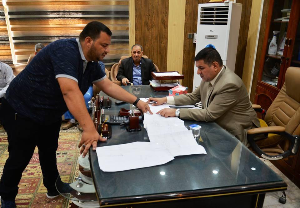 محافظ المثنى يواصل مهام عمله في بلدية السماوة ويصدر عدد من التوجيهات لتقديم الخدمات للمواطنين وفق الامكانات المتاحة