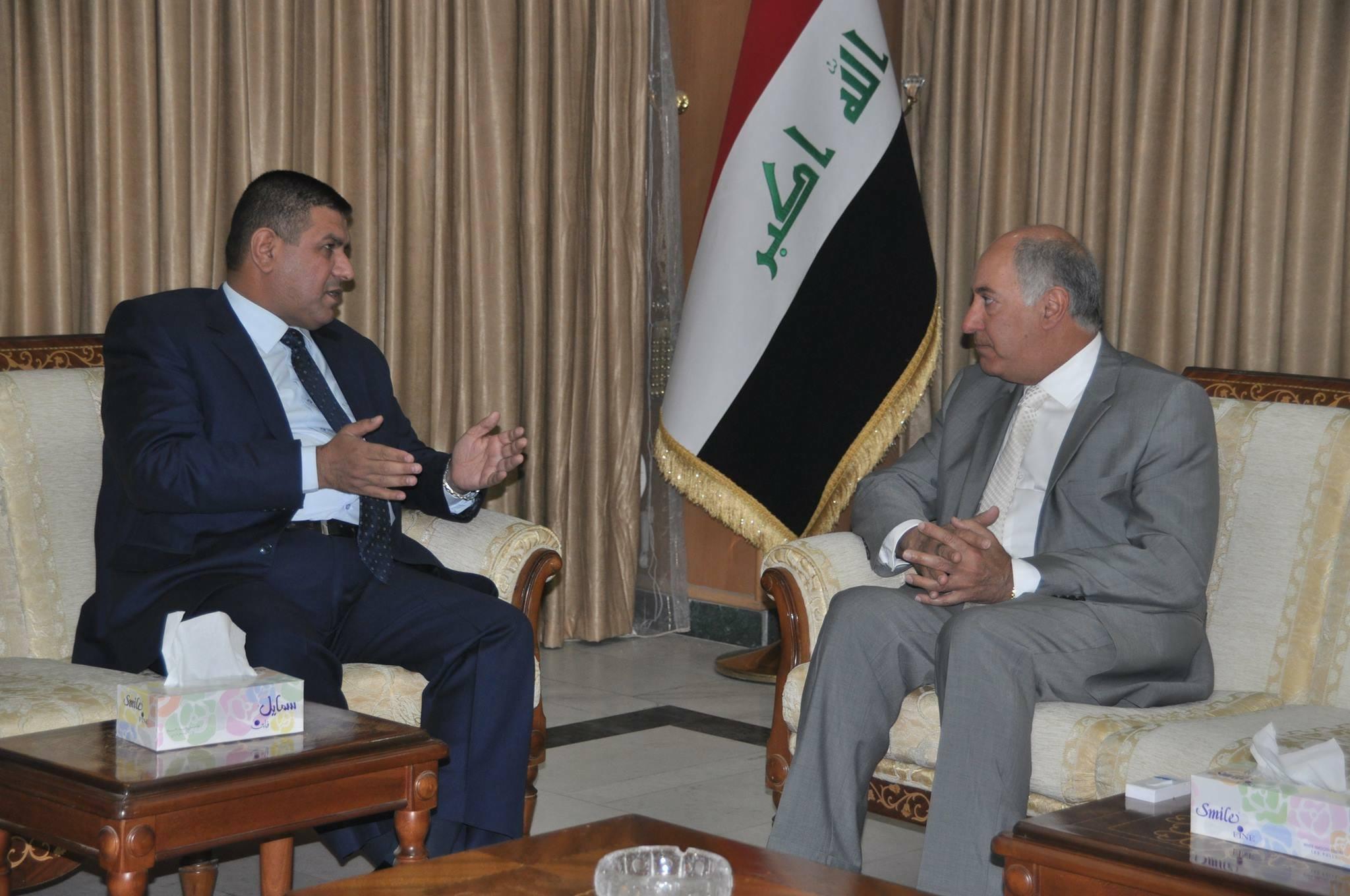محافظ المثنى يلتقي وزير الموارد المائية في مقر الوزارة بالعاصمة بغداد