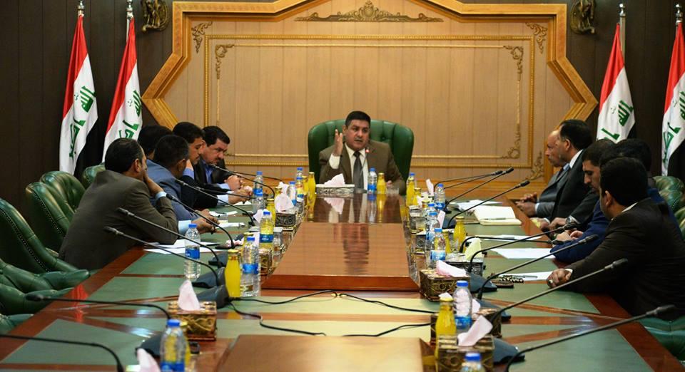 محافظ المثنى يترأس اجتماعا لرؤساء الوحدات الادارية