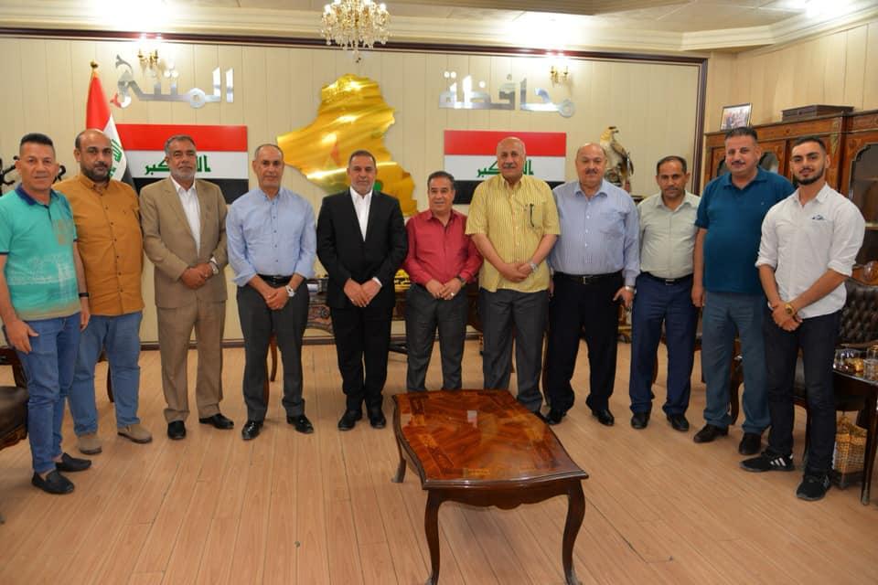 محافظ المثنى يبحث مع الهيئة الادارية لنادي السماوة السبل الكفيلة لدعم فريقها الكروي المشارك في الدوري العراقي الممتاز